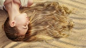 Τα Μαλλιά Της Παραλίας Φτιάξτε Μόνες Σας Το Τέλειο Σπρέι Για Να Τα Φτιάχνετε Έτσι Κάθε Μέρα!
