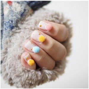 Pom-Pom-Nails-6