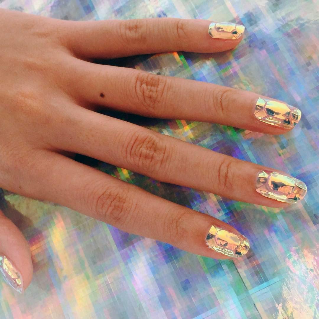 Glass manicure3