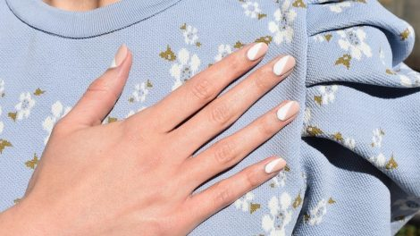 Αυτά είναι τα πιο όμορφα nail designs για να δοκιμάσετε στα νύχια σας αυτήν την εποχή