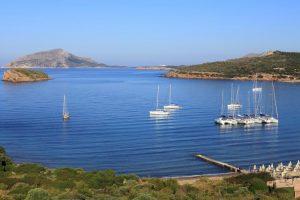 5 μεγάλες, ευρύχωρες παραλίες στην Αττική για τις πρώτες βουτιές -Για μπάνιο με άπλα και ασφάλεια